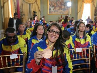 Naomi Soazo fue uno de las homenajeadas/@PresidencialVen
