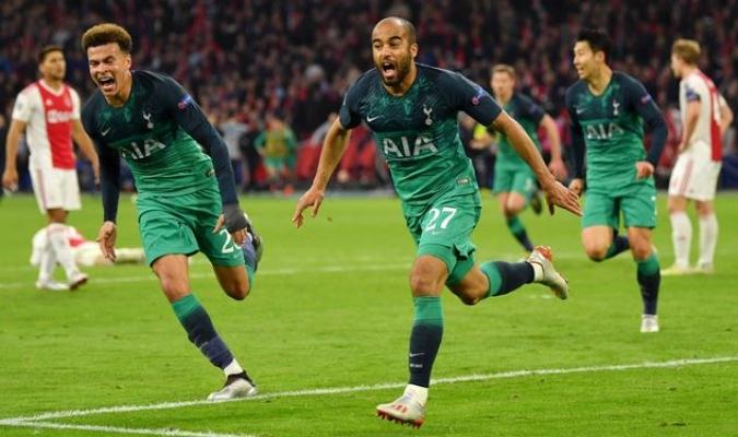 Ajax se mide al Tottenham en Amsterdam / Foto: AP