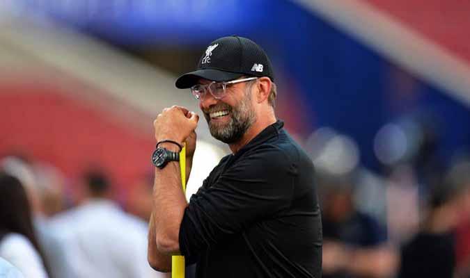 El entrenador alemán mostró su apoyo al delantero / Foto: Cortesía