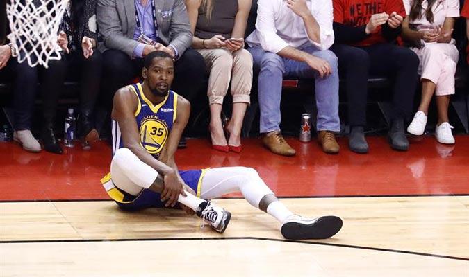El jugador se retiró lesionado del partido / Foto: EFE