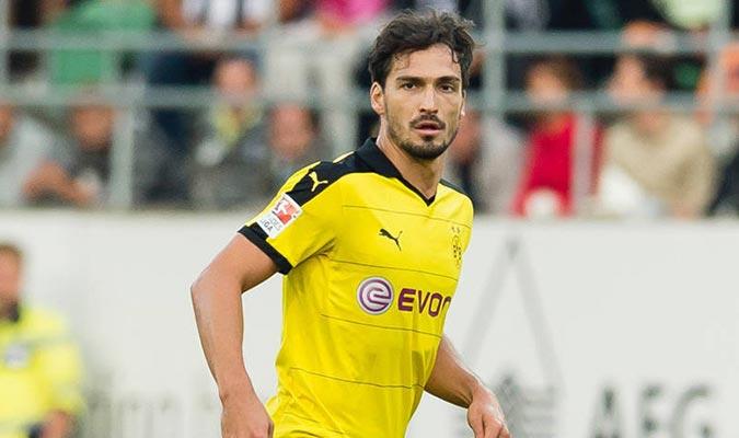 El defensor viene de jugar con el Bayer Múnich l Foto: Borussia Dortmund