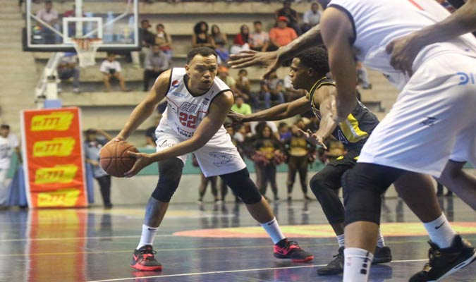 Cocodrilos y Panteras disputaron el primer juego de la serie / Foto Cortesía