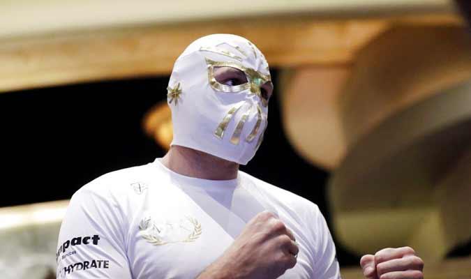 Fury participa en un entrenamiento / Foto:AP