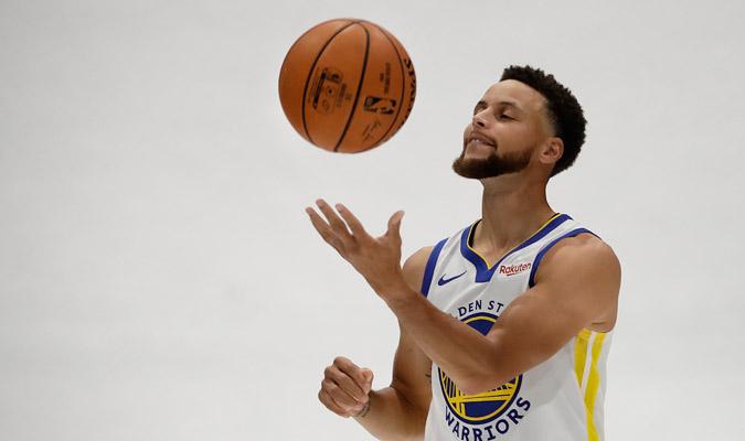 Curry quiere volver a brillar en esta temporada/ Foto AP