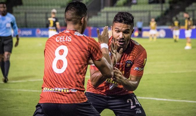 Arrieta adelantó a los rojos / Foto: Caracas FC