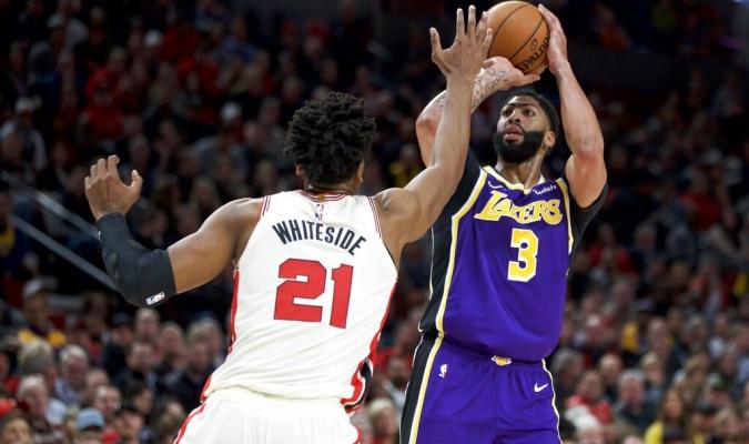 Lakers mantienen la racha de victorias / Foto: AP