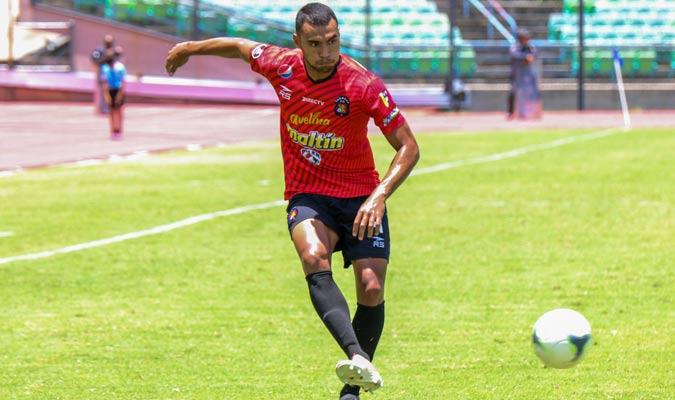 El defensor sigue siendo ficha del rojo || Foto: Caracas FC