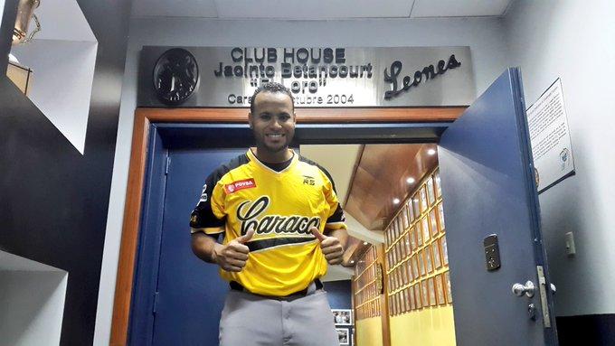 Petit solo jugó con Leones en Venezuela / Foto: Cortesía