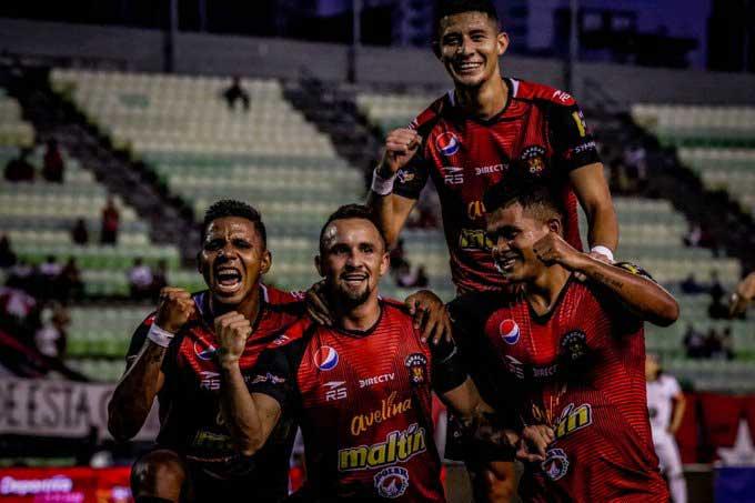 Caracas goleó a Estuddiantes en el estreno / Foto: Cortesía