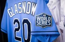 El uniforme de gala de Rays en el quinto juego de la Serie Mundial